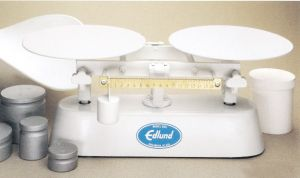 8 Lb Deluxe Baker's Dough Scale with Scoop and Weights