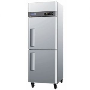 Freezer, Reach-In, One-Section, 24 cu. ft.